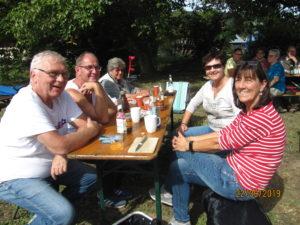 Picknick-Fest auf der Insel